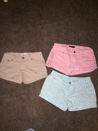 Shorts size s,s,m  Nipomo, 93444