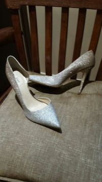 Guess high heels glittered excellent condition  Dollard-des-Ormeaux
