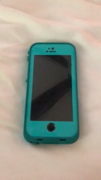 iPhone 5. Lifeproof case included   Pitman, 08071