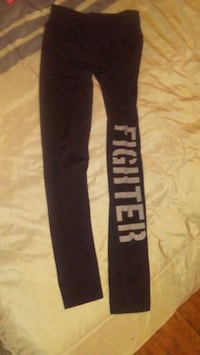 Fighter leggings size small  2471 km