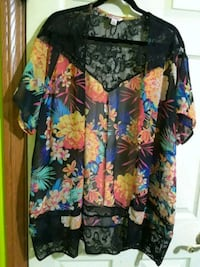 black, blue, and yellow floral blouse Covina, 91724