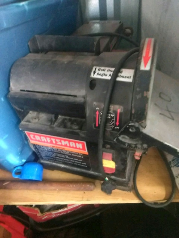 black and red Craftsman air compressor
