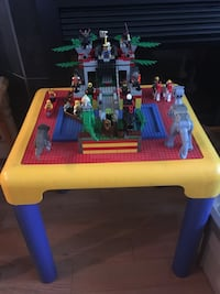 80's and 90's LEGO Sets and Table Calgary, T3E 0A9