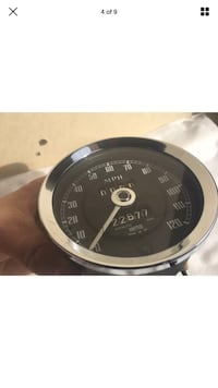 Up for Auction is a Mg Mgb Smiths Speedometer Gauge With Bracket&Nuts! Original Part# SN [PHONE NUMBER HIDDEN] ! It's in very nice condition! Nice glass, Bezel, Gauge face Plate! No Rust! The Reset Cable Works fine! Low Mileage 22677!