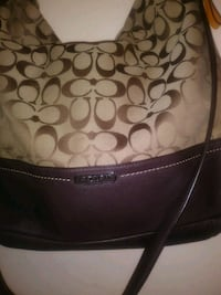 Nice Coach purse Vallejo, 94591