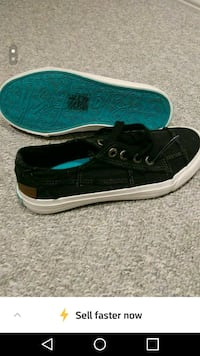 Brand new sneakers size 6 Oakville, L6H 6S4
