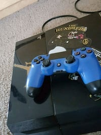 blue Sony PS4 console with controller Huntsville, 77340