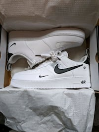 Nike air Force one Lv8 07 Toronto, M6E 3T3