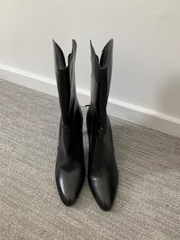 COLE HAAN boots! Practically brand new! Mc Lean, 22102