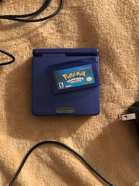 Gameboy Advance sp Blue with Pokémon sapphire SHOOT ME OFFERS