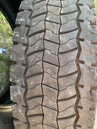 Used tire Continental 225/70R19.5 Detroit, 48212