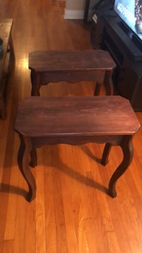 2 Antique end accent tables New Orleans, 70124
