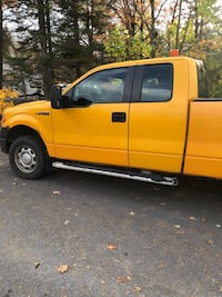 Ford F-150 pick up truck. 2011