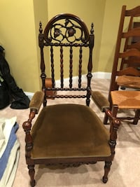 brown wooden frame brown padded chair Nokesville, 20181