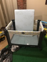 Greico Pack and Play Crib
