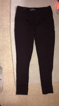 Maroon TNA leggings  Winnipeg, R2N 3X1