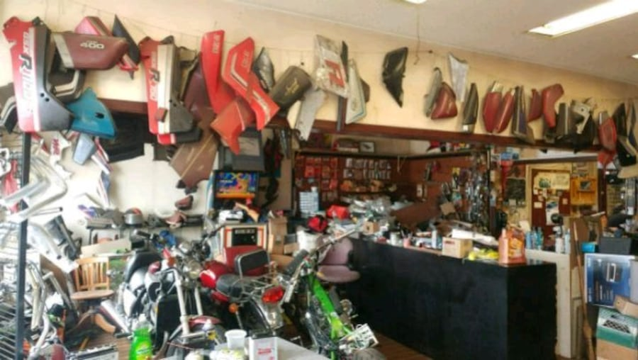 Motorcycle parts closing sale905xx273x3717call on 618c12a2-d052-460d-bc09-48e7c152e556