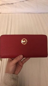 red Michael Kors leather long wallet Concord, 94520
