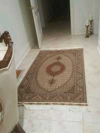 brown and white floral area rug Richmond Hill, L4E 2R6