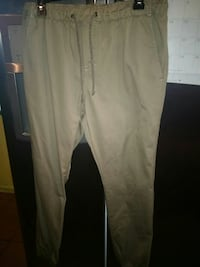 white and black track pants Mercedes, 78570