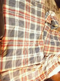 Like New twin sized plaid sheets with pillowcase
