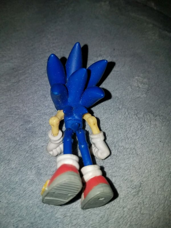 Used Sega Jazwares 3 Sonic The Hedgehog Toys R Us Exc For Sale In San Antonio Letgo