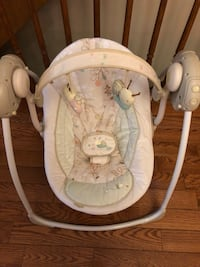 Baby swing Excellent Condition! Toronto, M8V 2V7