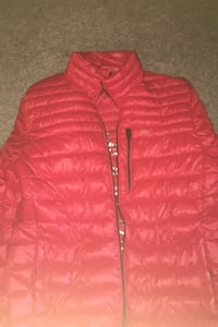 Large pack able Calvin Klein bubble jacket.