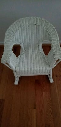 white wicker armchair with ottoman Poolesville, 20837