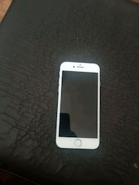 iPhone 8 White 64 GB  Shelburne