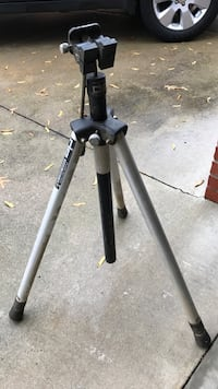 black and gray tripod stand Louisville, 40220