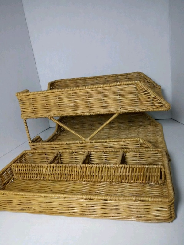 2 pcs for desk brown wicker basket with lid