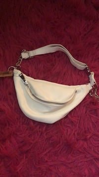 Women's white leather fanny pack Hialeah, 33015