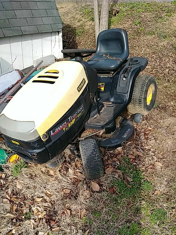 used stanley riding lawn mower with 17 5hp motor for sale in rh us letgo com Stanley Riding Mower Model 309311X692a Stanley Riding Mower Owners Manual