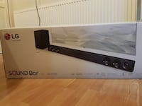LG 300w Sound Bar with Wireless Subwoofer  Vancouver, V6K 1H8
