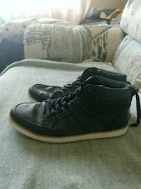 Brand new pair of shoes! Size 9.5 men's 30 OBO