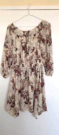 Floral off shoulder dress  Toronto, M4P 1V2