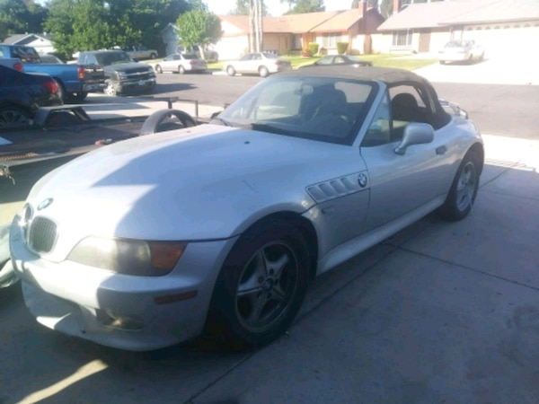1998 BMW z3 roadster - PARTS ONLY!!