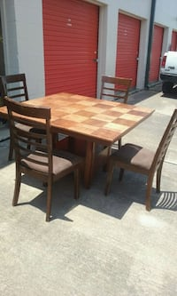Dinning table and chairs  Houston, 77072
