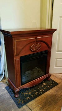 Beautiful fully functioning electric fireplace Vancouver, V5R