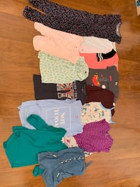 Girl's Clothes: size 10-12 (M/L) Gilbert, 85234