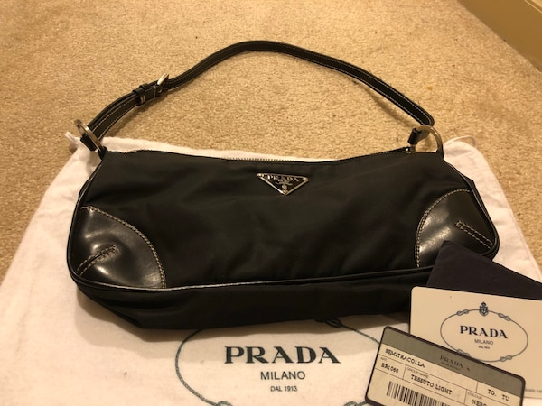 Used Authentic Prada small shoulder bag for sale in Calgary - letgo 0a816172c85a5