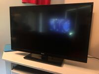 """32"""" RCA tv with built in DVD player  Chatham, N7L 2J5"""