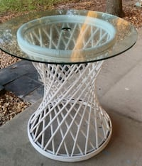 Bambo glass table