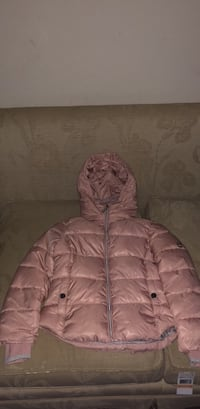 Kids size 5/6, Pink Bubble Michael Kors Jacket   Reading, 19604