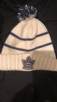 Maple leafs winter Toque  Toronto