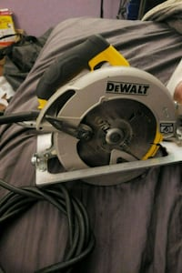 Brand new Dewalt saw Maple Ridge, V2X 6M3