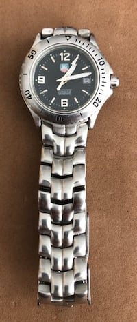 Montre pour femme classic Tagheure (used) RESERVED until tomorrow  Blainville, J7C