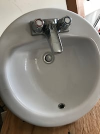 White ceramic top mount sink with faucet Gainesville, 30501