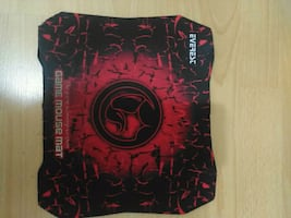 Everese mouse pad